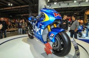 Suzuki-MotoGP-race-bike-EICMA-08-635x421