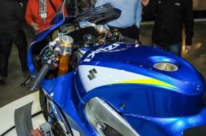 Suzuki-MotoGP-race-bike-EICMA-14-635x421