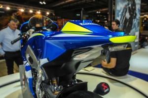Suzuki-MotoGP-race-bike-EICMA-16-635x421