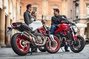 Ducati-Monster-821-02