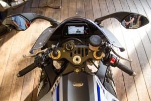 2015-Yamaha-YZF-R1M9