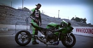 kawasaki-ninja-h2-hybrid-shows-up-at-the-drag-strip-with-rickey-gadson-video