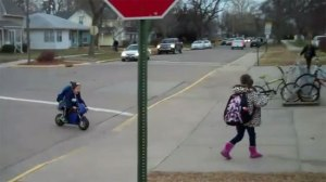 Kindergarten-Kid-Rides-a-Motorcycle-To-School-Like-a-Boss