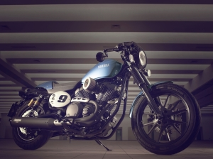 2015-Yamaha-XV950-Racer-Front-Right-Three-Quarters-Profile (1)