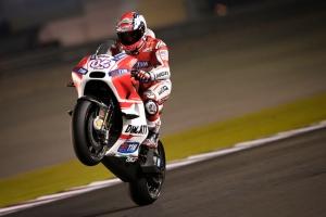 Dovizioso-continues-Ducati's-dominance-in-Qatar-01
