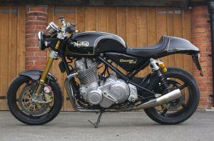 2010-Norton-Commando-961SE-belonging-to-Top-Gear-presenter-Richard-Hammond