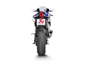 akrapovic-unveils-evolution-line-kit-for-the-2015-yamaha-yzf-r1-adds-real-wsbk-performance-photo-gallery_3