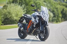 welcome-ktm-1290-super-duke-gt-here-are-the-first-official-photos_3
